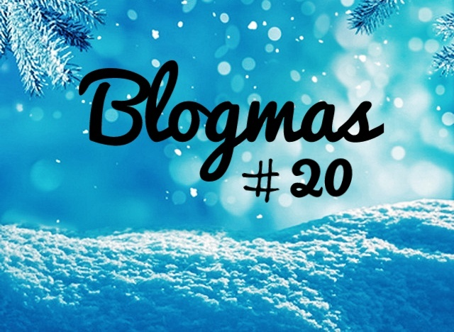 Real or artificial tree | Blogmas # 20❄